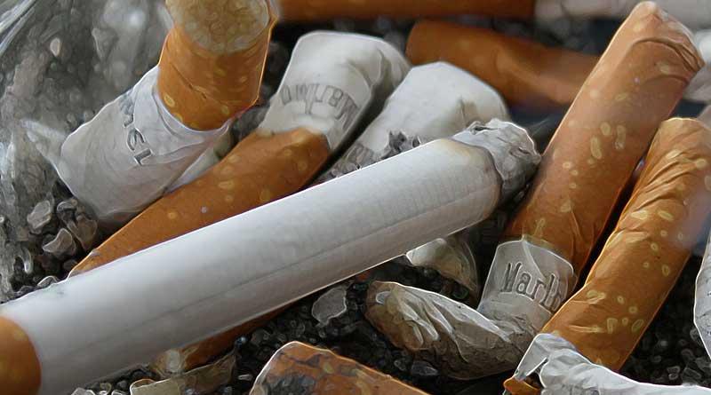 Smoking Tobacco vs Vaping Electronic Cigarettes 800x445